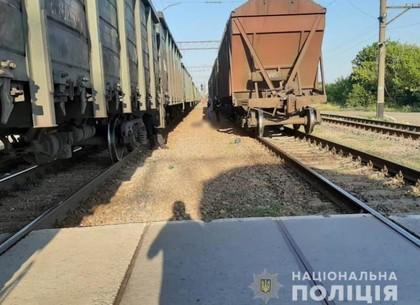 Мужчина погиб под колесами товарного поезда