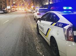 Полицейкие по-своему рассудили вечернюю автодуэль возле 25 больницы