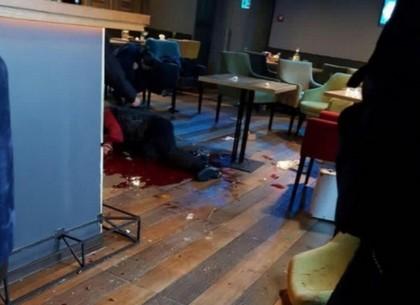 ВИДЕО: Убийство в ресторане в Харькове: полиция назвала причиной конфликта случайную ссору