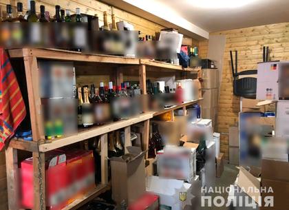 ФОТО: Дело организатора сети по реализации безакцизного и фальсифицированного алкоголя передано в суд (МВД)