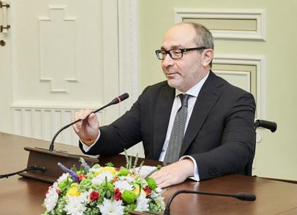 С результатом 60,34% голосов на выборах Харьковского городского головы побеждает нынешний мэр Геннадий Кернес (suspilne.media)