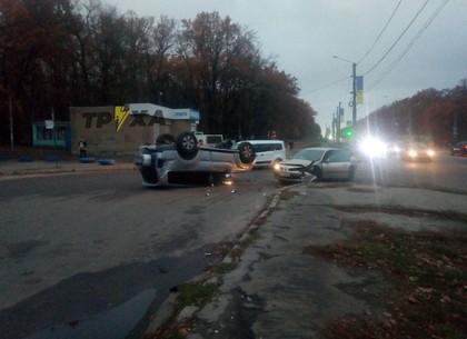 ФОТО: На Белгородском шоссе очередной кульбит (Патрульная полиция)