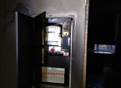 ФОТО: В центре харькова экстренно эвакуированы жильцы 5-этажки (ГСЧС)