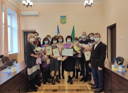 ФОТО: В Индустриальном районе наградили лучших работников культуры (Горсовет)