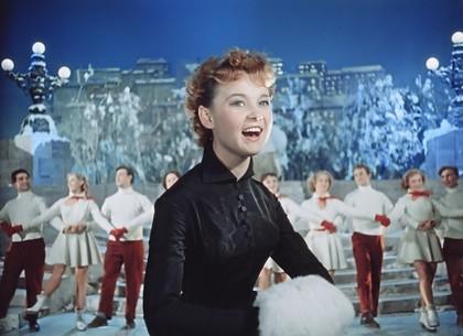 К 85-летию со дня рождения Людмилы Гурченко на «Интере» – документальный проект и любимые фильмы с участием актрисы