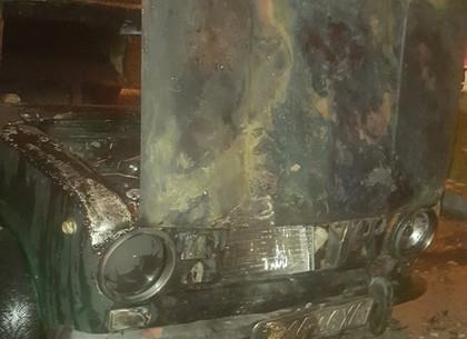 ФОТО: Вечером в частном секторе сгорела «копейка» (ГСЧС)