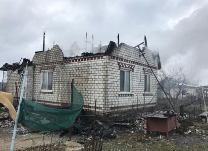 Пожар: жители дома остались без крыши накануне зимы (ГСЧС)