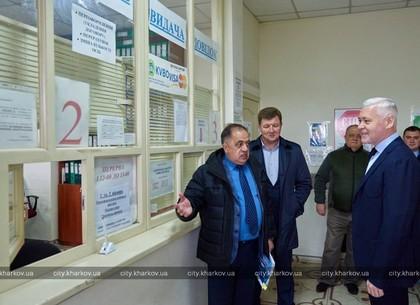 Игорь Терехов проинспектировал ход ремонтных работ в Центре обслуживания потребителей КП «КВБО»