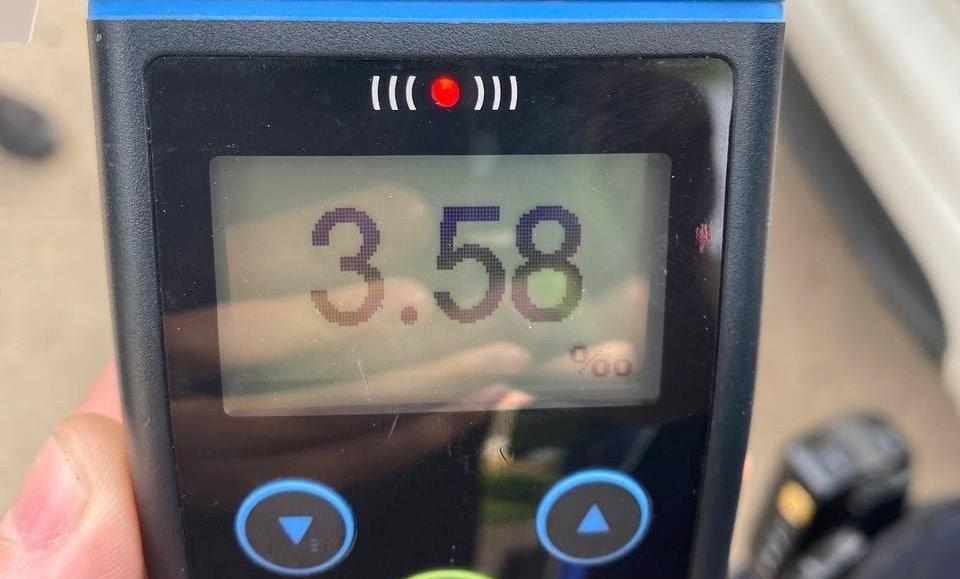 Содержание алкоголя в крови водителя составило 3,58 промилле