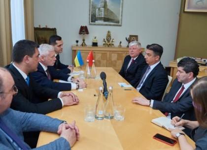 Посол Турции: Нас интересует в Харькове все - от туризма до бизнеса
