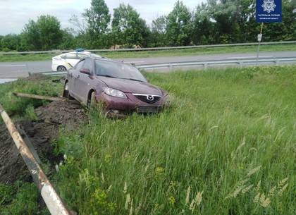 ДТП под Харьковом: пьяного водителя, убегавшего от полиции, остановил кювет