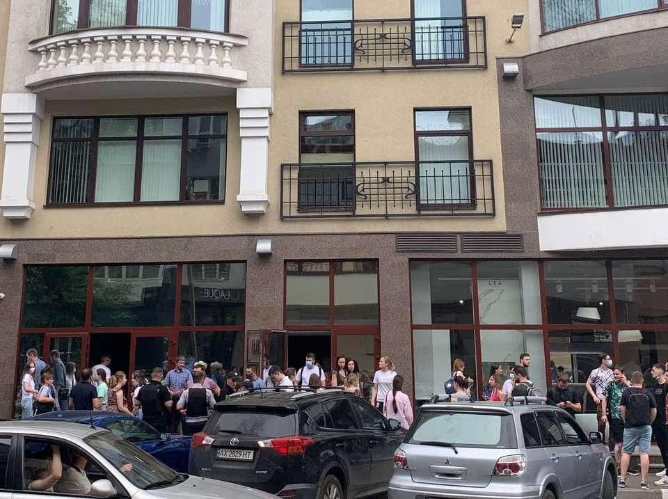 В Харькове заминировали бизнес-центр Brama