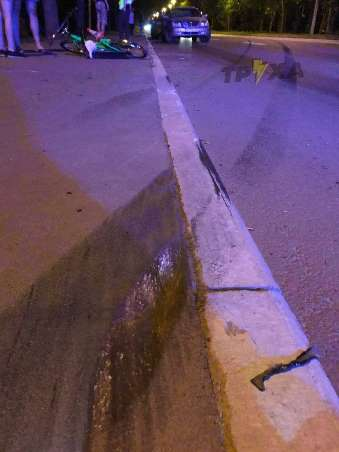 ДТП Харьков: автомобиль с курсантами МВД слетел в кювет.