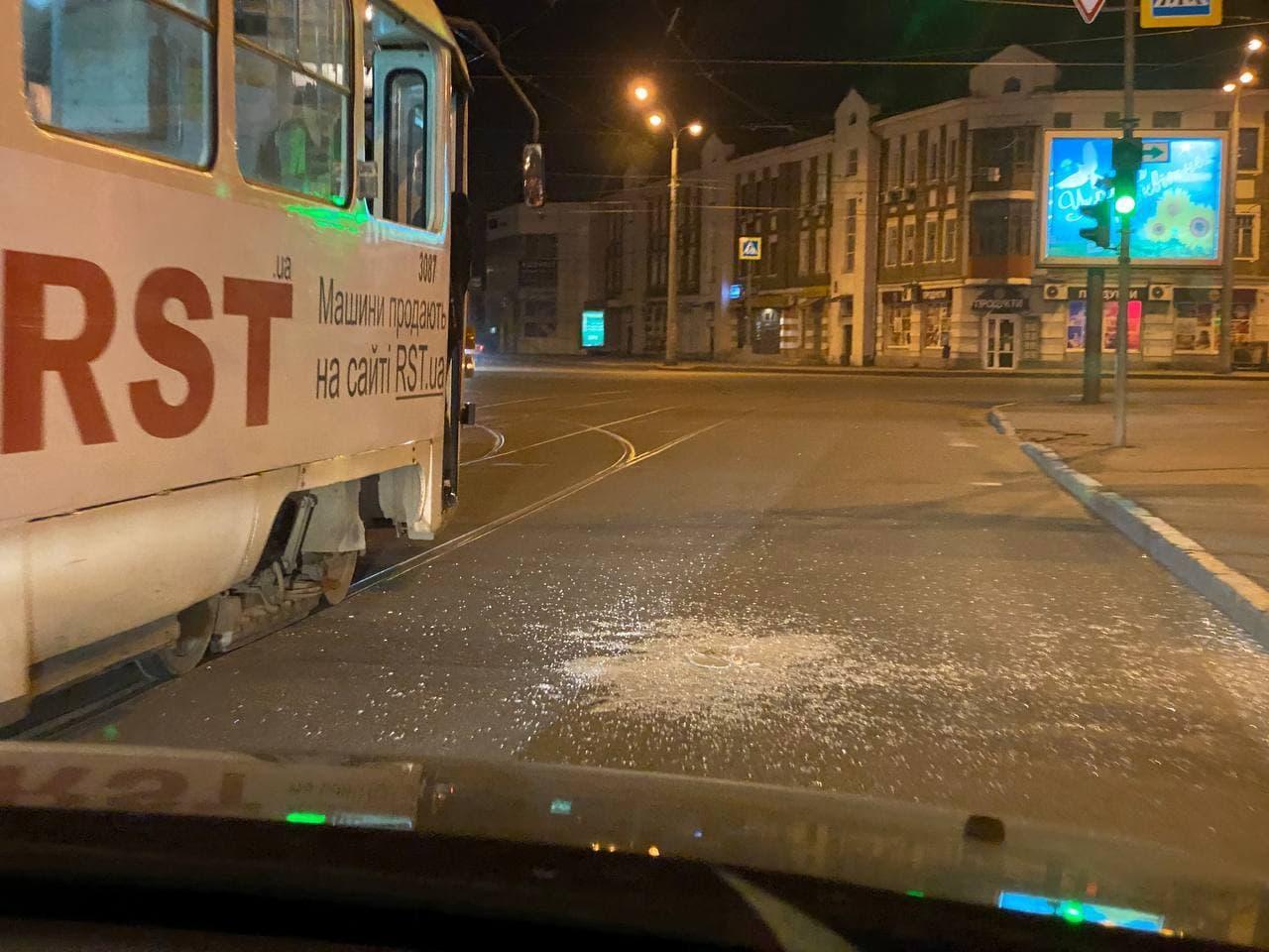 В Харькове будут судить хулигана, устроившего дебош в трамвае. Новости в Харькове