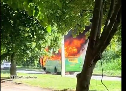 В Харькове утром сгорела маршрутка