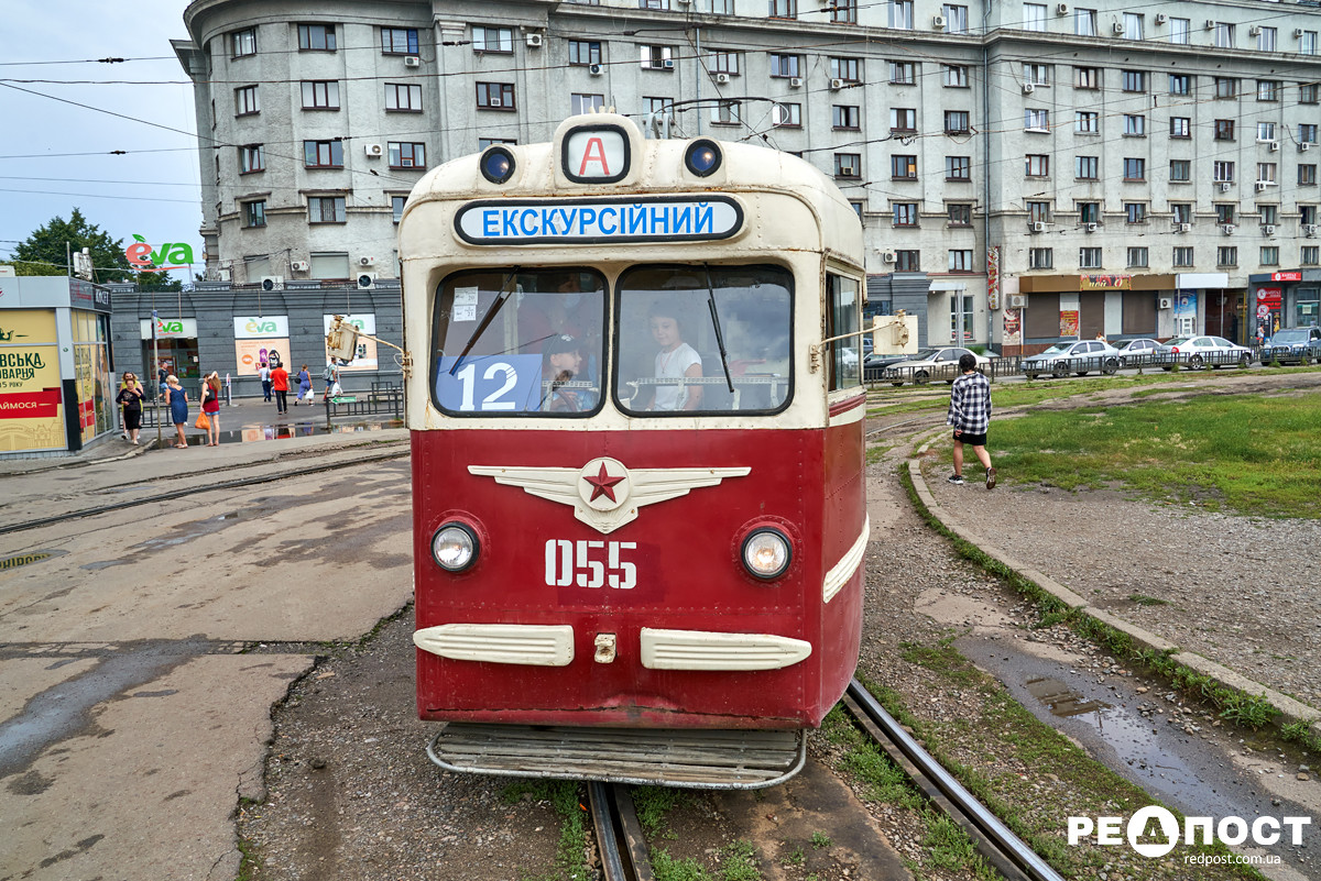 В Харькове запустили рейс ретро-трамвая