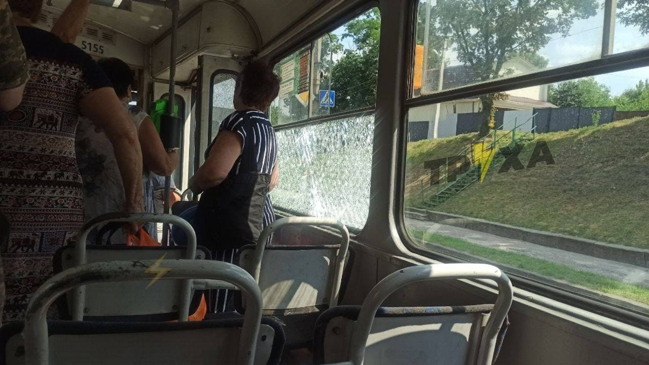 В Харькове обстреляли трамвай, есть раненый. Криминал Харьков