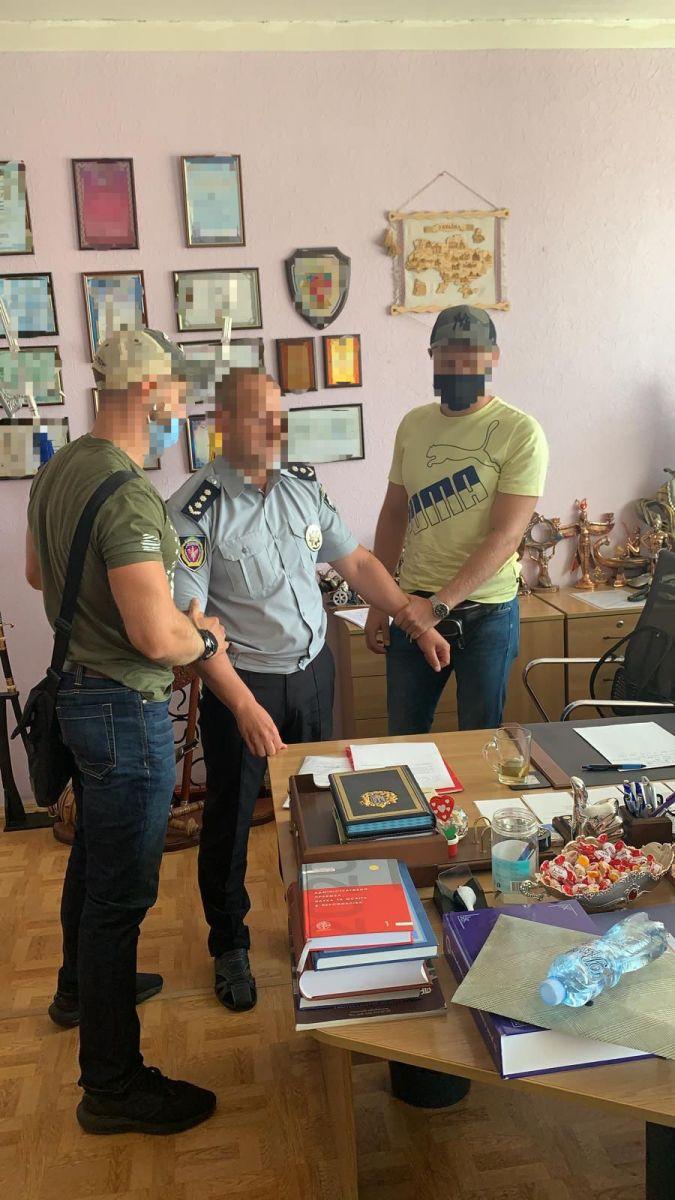 На взятке задержан декан Харьковского университета внутренних дел