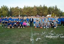 В Жихаре открыли современный школьный стадион