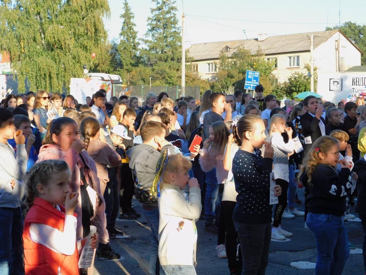 Рекорд Украины по пересвисту установлен в Валках. Новости Харькова
