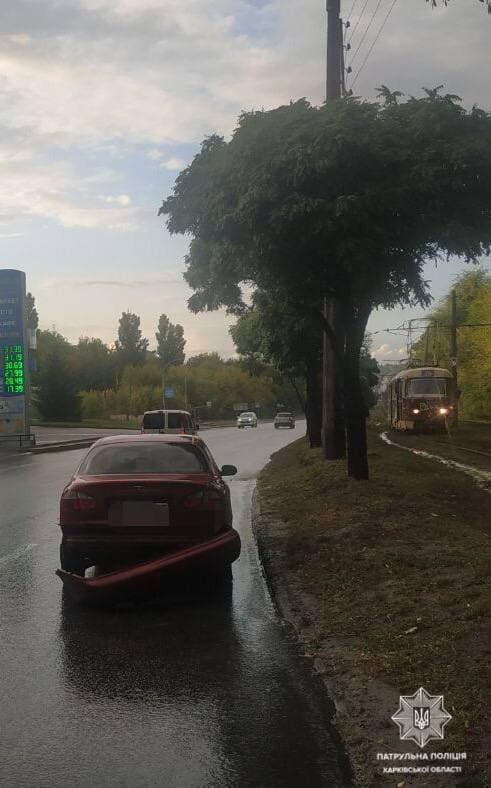ДТП Харьков: Разбиты четыре легковых авто в аварии на проспекте Тракторостроителей - Chevrolet, Daewoo, Jeep и Audi