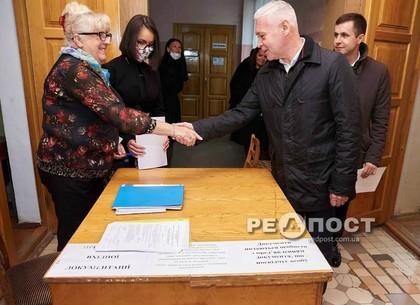 Игорь Терехов официально подал документы на участие в выборах мэра Харькова