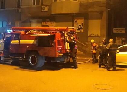 В центре Харькова горело историческое здание: информация ГСЧС (видео, фото)