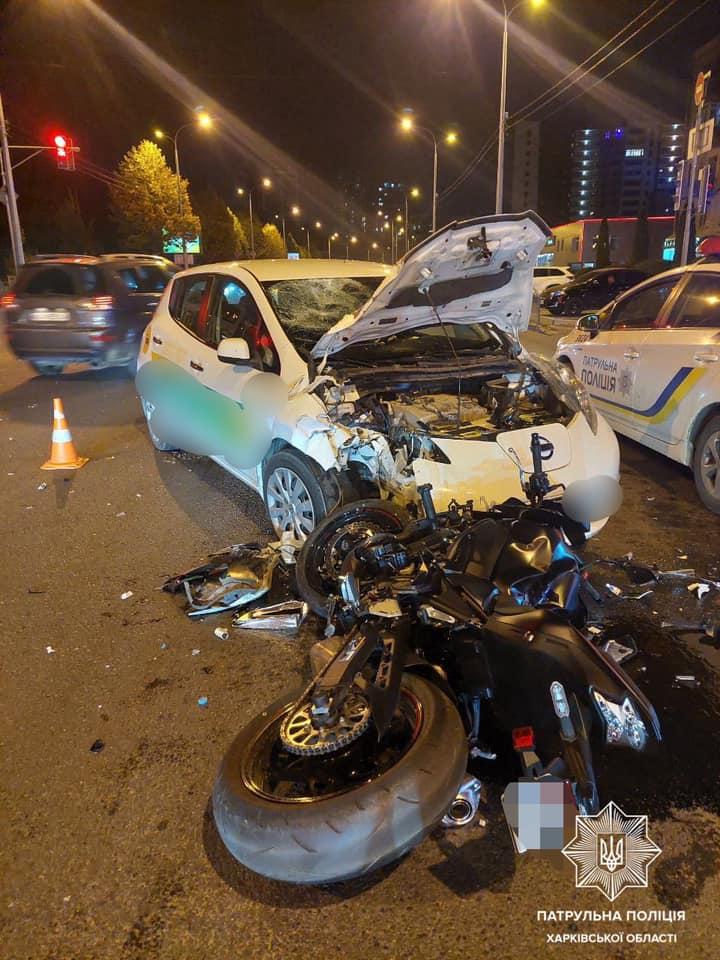 ДТП Харьков: мотоциклиста сбили возле РОСТА на Клочковской